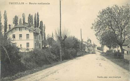 """CPA FRANCE 38 """"Thuellin, Route Nationale"""""""