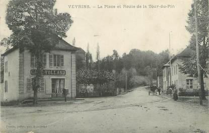 """CPA FRANCE 38 """" Veyrins, La place et la Route de la Tour du Pin"""""""