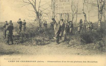 """CPA FRANCE 38 """" Le Camp de Chambaran, Observation d'un tir au plateau des Monettes"""""""