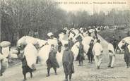 "38 Isere CPA FRANCE 38 "" Le Camp de Chambaran, Le transport des Paillasses"""