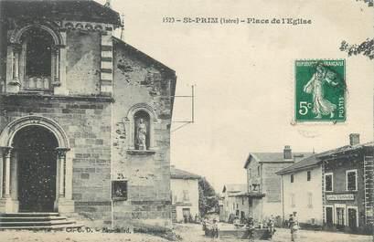 """CPA FRANCE 38 """" St Prim, Place de l'église"""""""