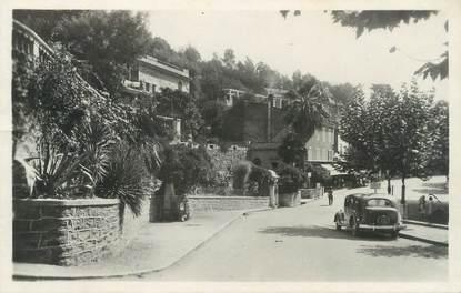 """CPSM FRANCE 83 """" Bormes les Mimosas, Place Gambetta"""""""