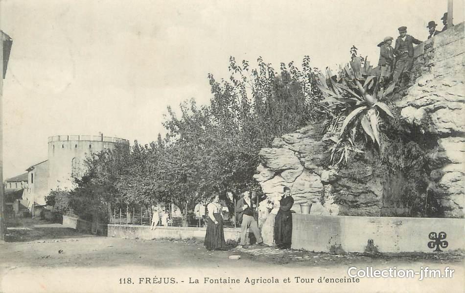 cpa france 83 fr jus la fontaine agricola et la tour d 39 enceinte 83 var fr jus 83 ref. Black Bedroom Furniture Sets. Home Design Ideas
