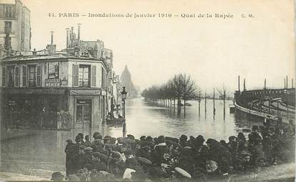 "CPA FRANCE 75012 ""Paris, les inondations de Paris, quai de la Rapée"""