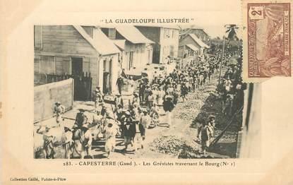 """CPA GUADELOUPE illustrée """"Capesterre, les Grèvistes traversant le Bourg"""" / N°283"""