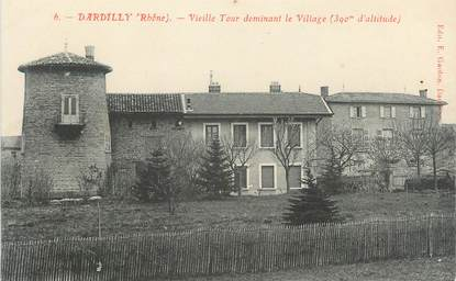 """CPA FRANCE 69 """" Dardilly, Vieille tour dominant le village"""""""