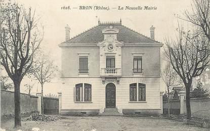 """CPA FRANCE 69 """" Bron, La nouvelle Mairie"""""""