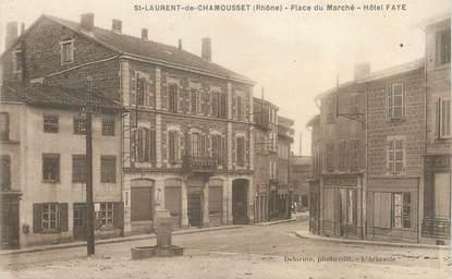 """CPA FRANCE 69 """" St Laurent de Chamousset, Place du Marché, Hôtel Faye"""""""