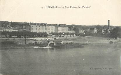 """CPA FRANCE 69 """"Neuville sur Saône, Le Quai Pasteur , Le Parisien"""""""