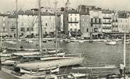 "83 Var CPSM FRANCE 83 ""Saint Tropez, un coin du port"""