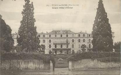 "CPA FRANCE 74 ""Evian les Bains, le Grand Hotel"""