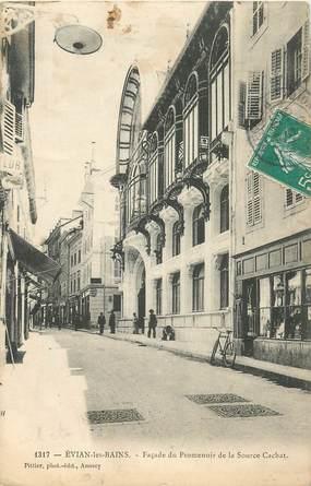 """CPA FRANCE 74 """"Evian les Bains, Façade du Promenoirde la Source Cachat"""""""
