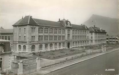 """CPSM FRANCE 74 """"Cluses, Ecole nationale d'Horlogerie"""""""