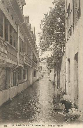 """CPSM FRANCE 65 """"Bagnères de Bigorre, rue de Venise"""""""
