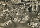 """32 Ger CPSM FRANCE 32 """"Auch, vue aérienne de la place de la mairie"""""""