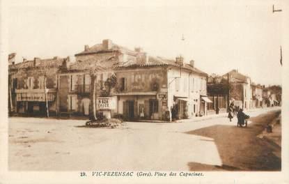 """CPA FRANCE 32 """"Vic Fezensac, Place des Capucines"""""""
