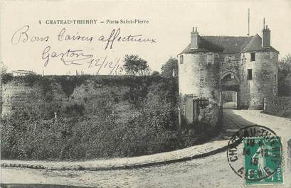 "CPA FRANCE 02 ""Chateau Thierry, Porte Saint Pierre"""