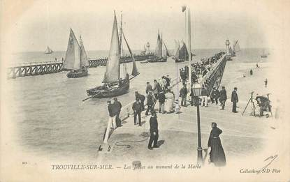 """CPA FRANCE 14 """"Trouville"""""""