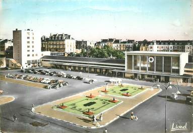 "CPA FRANCE 49 ""Angers, la gare Saint Laud"""