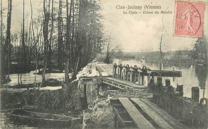 "CPA FRANCE 86 ""Clan Jaulnay, Ecluse du Moulin"""