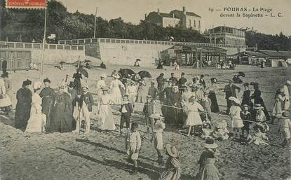 "CPA FRANCE 17 ""Fouras, la plage"""