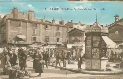 """CPA FRANCE 17 """"La Rochelle, la place du Marché"""""""