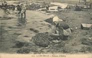 """17 Charente Maritime CPA FRANCE 17 """"La Rochelle, pêcheuses d'huitres"""""""