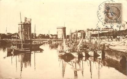 """CPA FRANCE 17 """"La Rochelle, le port d'échouage"""""""