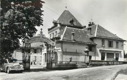 """CPSM FRANCE 73 """"La-Bauche-les-Bains, Le Château"""""""