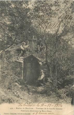 "CPA FRANCE 42 ""Rocher de Montlune, Tombeau de la famille Sabatier"""