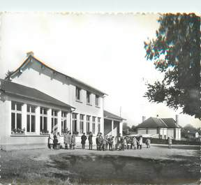 "CPSM FRANCE 61 "" Heugon, Le Groupe Scolaire """