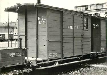 """CPSM SUISSE """"Montreux"""" TRAIN / LOCOMOTIVE"""