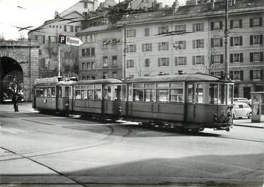 "CPSM SUISSE ""Lausanne"" TRAIN / TRAMWAY"