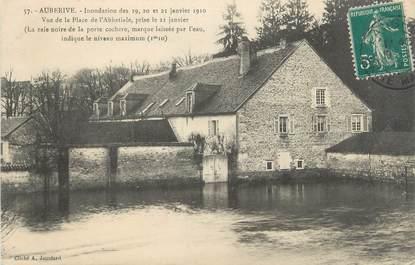 """CPA FRANCE 52 """"Auberive, Inondations des 19,20 et 21 janvier 1910, vue de la place de l'Abbatiale"""""""