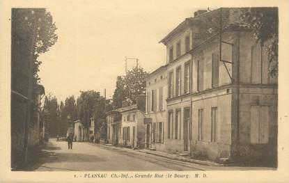 """CPA FRANCE 17 """"Plassac, grande rue"""""""