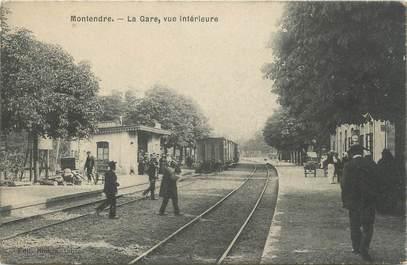 """CPA FRANCE 17 """"Montendre, la gare"""""""