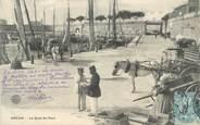 """17 Charente Maritime CPA FRANCE 17 """"Royan, le quai du port"""""""