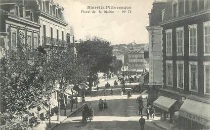 """CPSM FRANCE 64 """"Biarritz, Place De la mairie"""""""