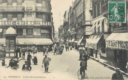 "CPSM FRANCE 33 ""Bordeaux, la rue Sainte Catherine"""
