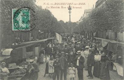 "CPA FRANCE 17 ""Rochefort sur Mer, rue de l'Arsenal"""