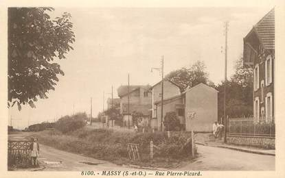 """CPA FRANCE 91 """"Massy, rue Pierre Picard"""""""