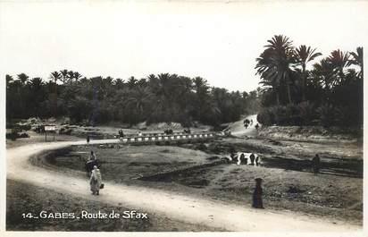 "CPA TUNISIE ""Gabès, rte de Sfax"""