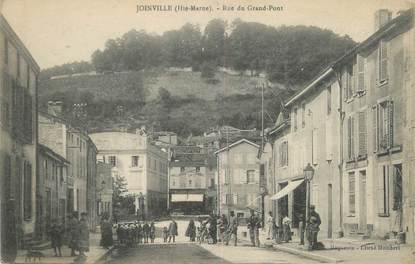 """/ CPA FRANCE 52 """"Joinville, rue du Grand Pont"""""""