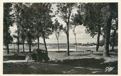 "/ CARTE PHOTO FRANCE 56 ""Port Louis, les Patis"""