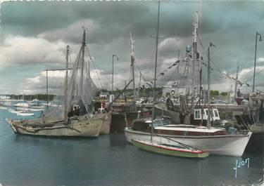 """/ CPSM FRANCE 56 """"La Trinité sur Mer, le port """" / BATEAU"""