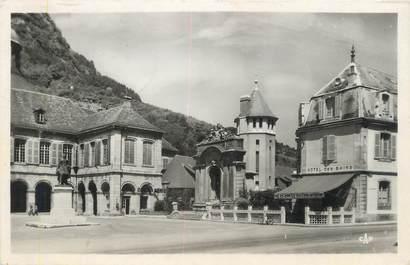 """/ CPSM FRANCE 39 """"Salins les Bains, place d'Armes et hôtel de ville"""""""