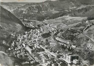 """/ CPSM FRANCE 39 """"Morez, vue aérienne, le centre de la ville et l'hôtel de ville"""""""