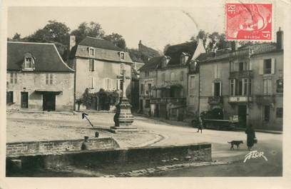 "CPA FRANCE 24 ""Sarlat, Place Bouquerie"""