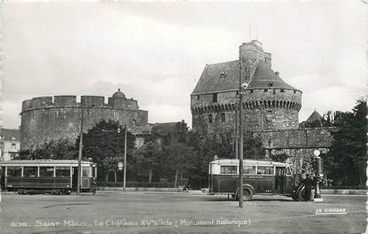 "CPSM FRANCE 35 ""Saint Malo, le chateau"" / BUS TRAMWAY"