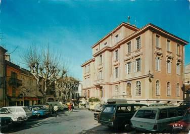 """/ CPSM FRANCE 06 """"Vence, la place G. Clémenceau, la mairie et la poste"""" / AUTOMOBILE"""